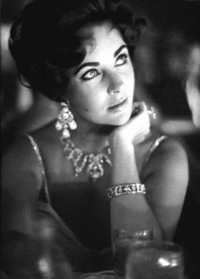 Elizabeth Taylor Is A Beauty For All Time 9 150x150 Elizabeth Taylor Is A Beauty For All Time