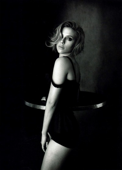 Scarlett Johansson Looking Super Hot For Vogue China 1 150x150 Scarlett Johansson Looking Super Hot For Vogue China