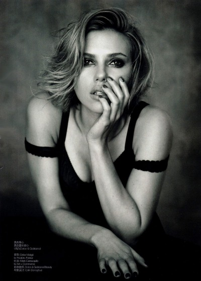 Scarlett Johansson Looking Super Hot For Vogue China 2 150x150 Scarlett Johansson Looking Super Hot For Vogue China
